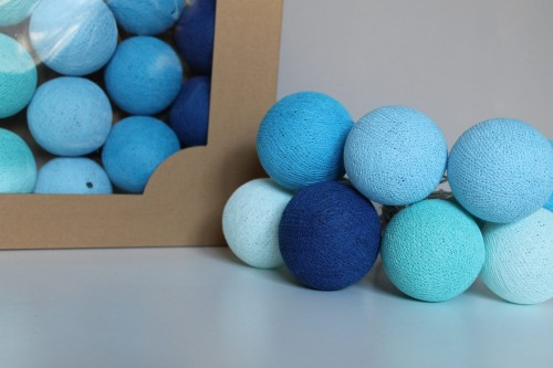 COTTON BALLS BLUE